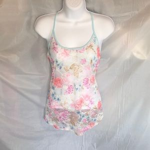 H&M Divided size 6 sheer floral Tee